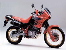 NX650ドミネーター